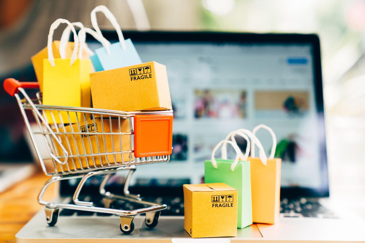 Czy warto założyć sklep internetowy