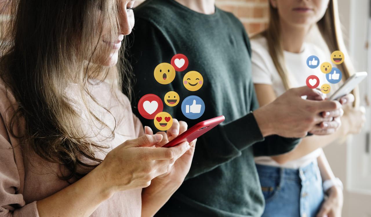 Budownie social proof w mediach społecznościowych